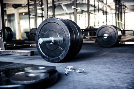 imagen: Imagen de detalle de un equipo de fitness en el gimnasio