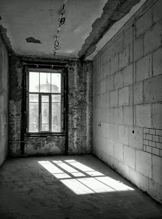 celling: Interior of abandoned house