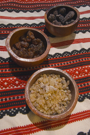 myrrh: Different types of resins and incense; Frankincenso (Boswellia Papyrifera), Borena (Boswellia neglecta) e Opoponax (Commiphora erythraea). Stock Photo
