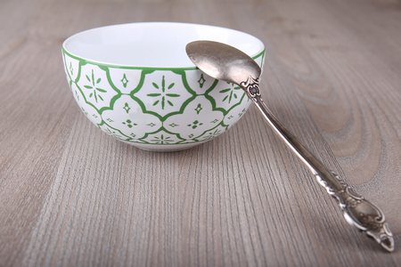 emty: Emty decorated bowl and spoon