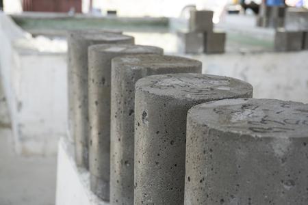 Échantillon concret de cylindre humide prélevé dans un réservoir