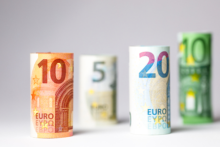 Different Euro banknotes from 5 to 500 Euro banknotes.
