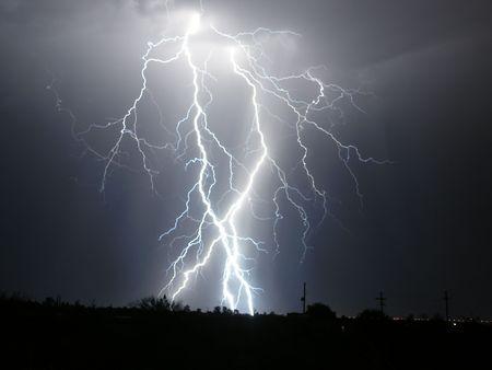 Lightning over desert Imagens - 2028261