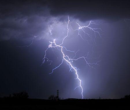 rayo electrico: Tucson Iluminaci�n