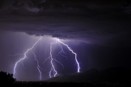 Lightning in the Tucson Valley Stock Photo - 10452659