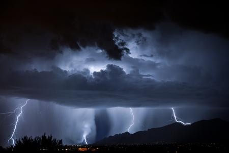 Tucson Lightning Imagens - 46107641