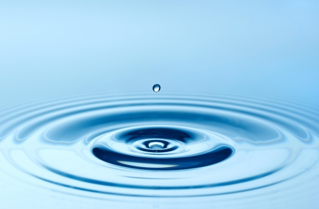 푸른 물 드롭