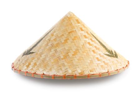 Aziatisch bamboe conische hoed op een witte achtergrond