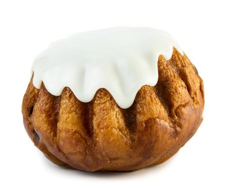 rum cake: Torta dolce bab� al rum isolato su sfondo bianco Archivio Fotografico