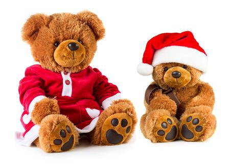 osos navideños: Osos de peluche vestido con una ropa de Navidad aislados sobre fondo blanco. Madre e hijo
