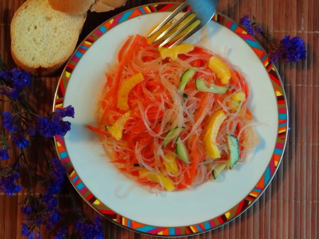 rice noodles: rice noodles with vegetables