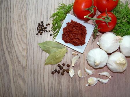 salsa de tomate: salsa de tomate picante con verduras