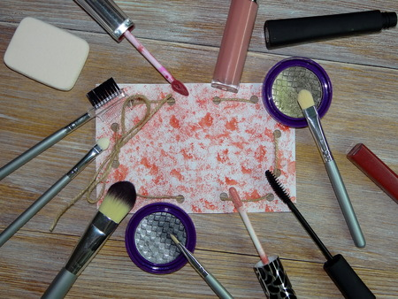 gloss banner: make-up accessories