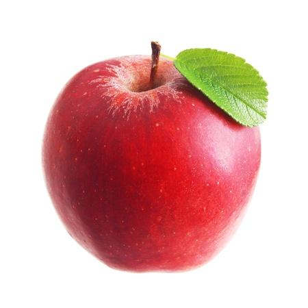 manzana roja: Manzana roja con hojas aisladas Foto de archivo