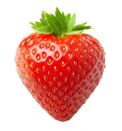 frutilla: Fresa baya roja aislada en el fondo blanco