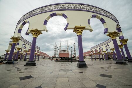 The Central Java Great Mosque, as the biggest mosque in Central Java, Indonesia. July 2018 新聞圖片