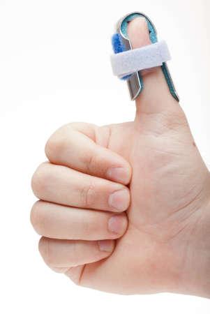 splint: El hombre con una f�rula en un gesto Foto de archivo