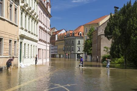 evacuacion: Flooding in Meyssen, Germany, in June 2013