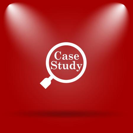 study icon: Icono Estudio de caso. Icono de plano sobre fondo rojo.