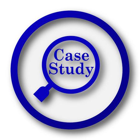 study icon: Icono Estudio de caso. Bot�n azul Internet sobre fondo blanco.