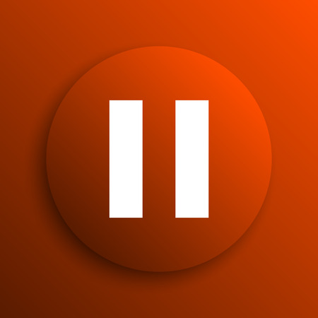 pause button: Pause icon. Internet button on orange background Stock Photo