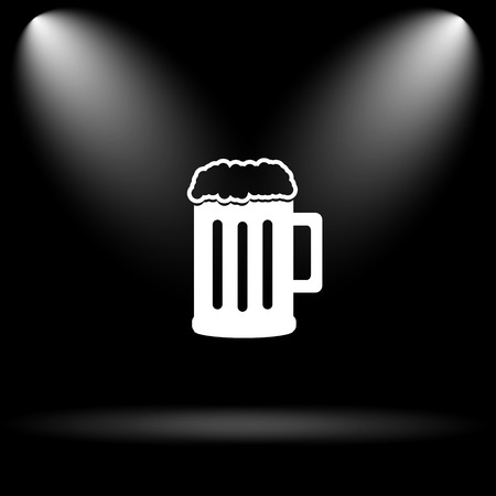 bierglas: Beer icon. Internet button on black background. Stock Photo