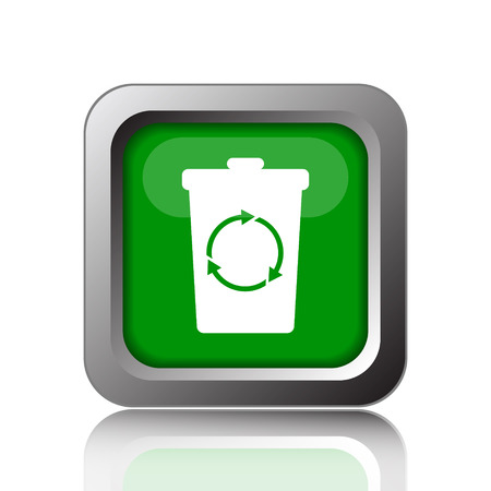waste 3d: Recycle bin icon. Internet button on green background.