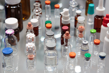 ampoules: Ampoules and flasks for drugs