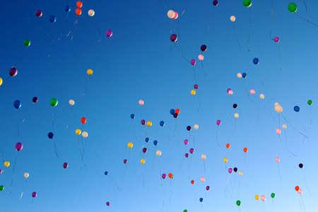 Bolle nel cielo, è la fede nella speranza di realizzare un sogno e migliori