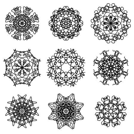 snow flakes: Round Ornamental Geometric Pattern. Silhouettes of Snow Flakes