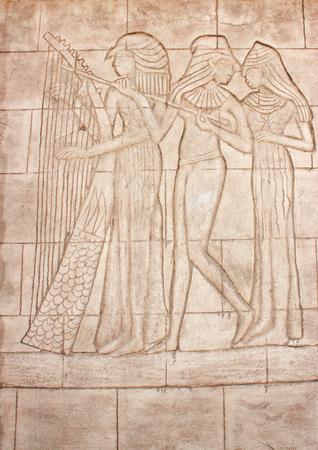 friso: murales antiguos. Friso de diosa egipcia. muro tallado