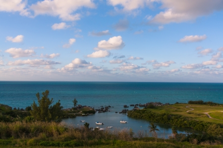 The photo shows the seascape Bermuda.