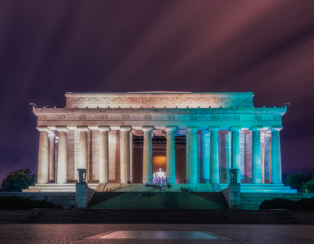 abe: Washington DC, United States: Abraham Lincoln Memorial at night