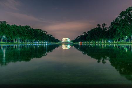 abraham: Washington DC, United States: Abraham Lincoln Memorial at night