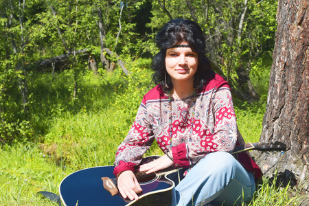 mujer hippie: La mujer hippie Foto de archivo