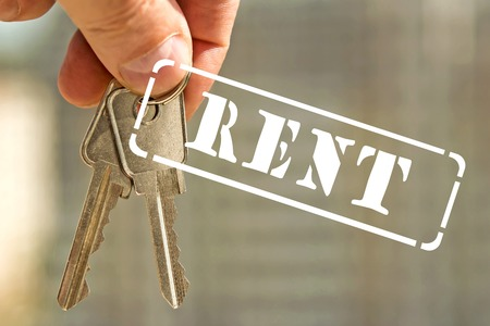 temporarily: Stamp rent and house keys