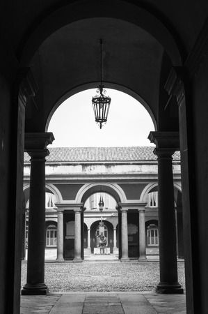 symmetry: the perfect symmetry of a perspective University of Pavia