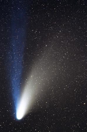 밤 하늘에 혜성 스톡 콘텐츠
