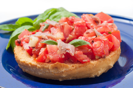 browned: raw tomato with oil and bread appetizer