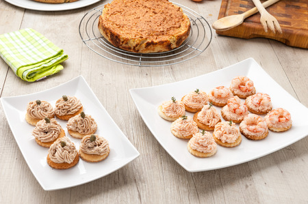canapes: Canapes with salmon cream