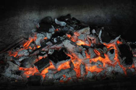 caldron: Coal burning