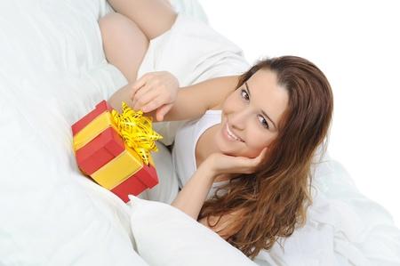 junge Frau mit einem Geschenk-box Lizenzfreie Bilder - 8891781