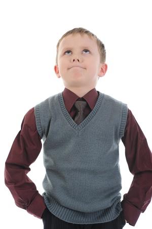 bambini pensierosi: ragazzo riflessivo