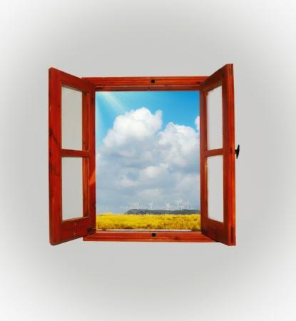 big window: uitzicht op de bergen vanuit het raam Stockfoto
