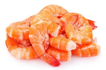 Crevettes cuites isolées sur fond blanc