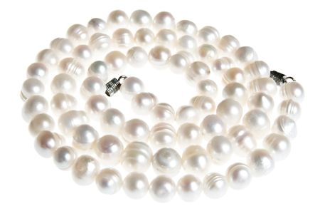 accesory: string of pearls isolated on white