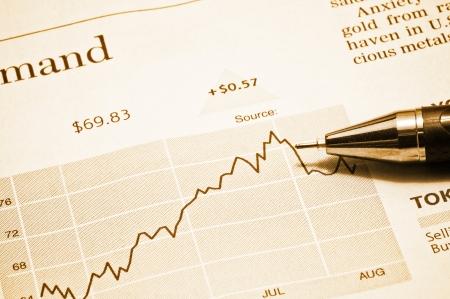 Business concept: pen and diagram  photo