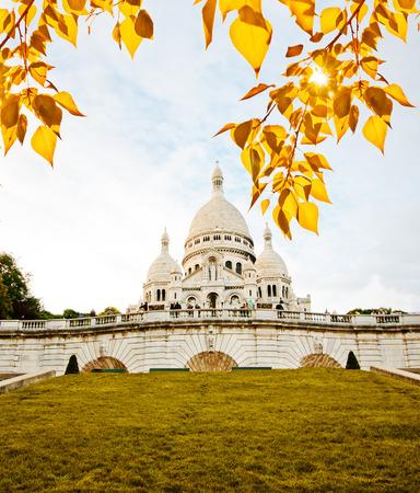Sacre-Coeur basilica (Basilica of the Sacred Heart of Jesus), Montmartre, Paris  photo