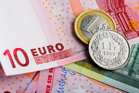 versus: Swiss Franc versus Euro