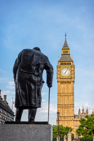 parliament square: Statue of Sir Winston Churchill, Parliament Square, London. Bronze statue is 3.7m high and is located on a spot referred to in the 1950s by Churchill